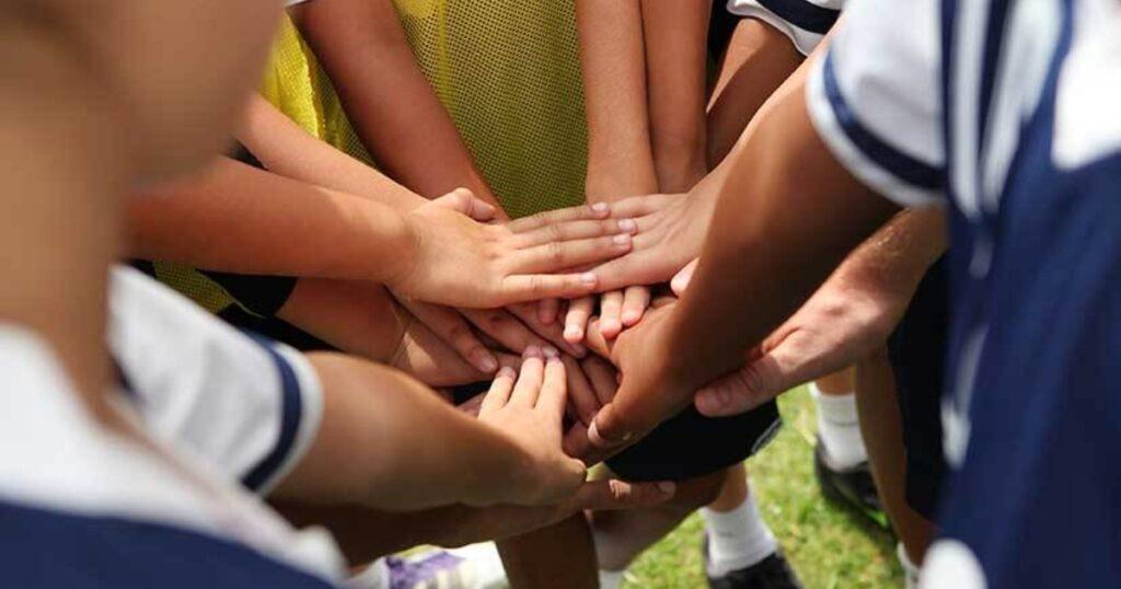 Prevenir e combater a violência contra crianças e jovens em atividades desportivas
